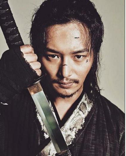韓国俳優ピョンヨハン