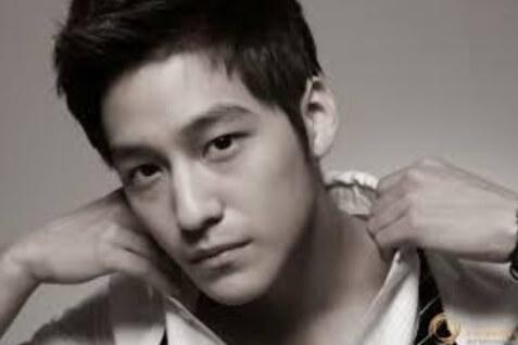 韓国俳優キムボム