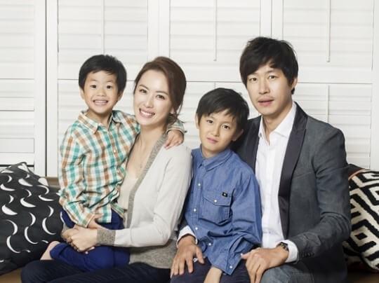 ユジュンサン家族写真