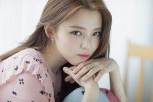 韓国女優ハンソヒ