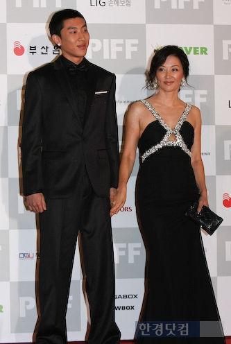 韓国女優イミスクと息子