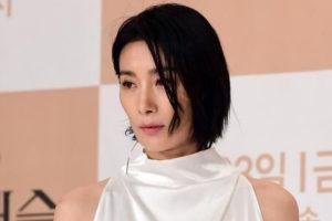 韓国女優キムソヒョン