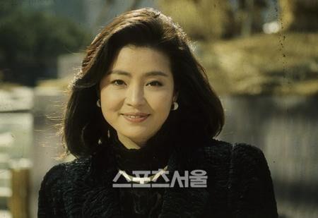韓国女優ウォンミギョン