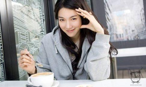 女優イジア