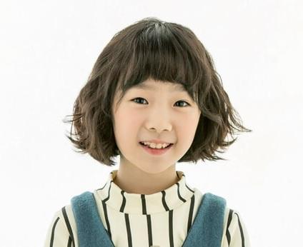 韓国子役ホユル