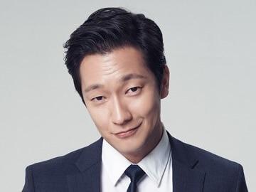 韓国俳優ソンソック