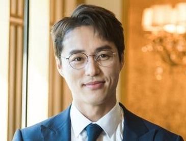 韓国俳優オミンソク
