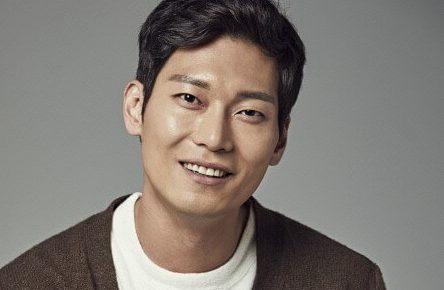 韓国俳優パクフン