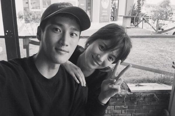 韓国俳優アンボヒョンとソンヘギョ