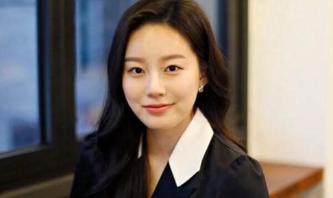 韓国女優パクユナ