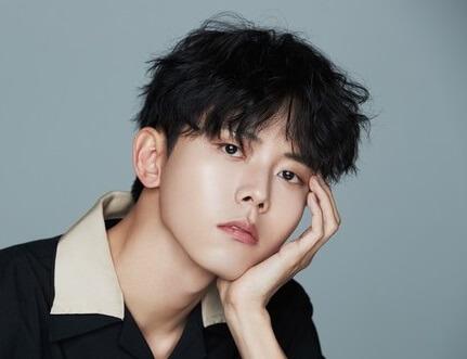 韓国俳優モデルチュウジェ