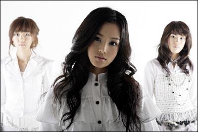 韓国女優ナムギュリSEEYA