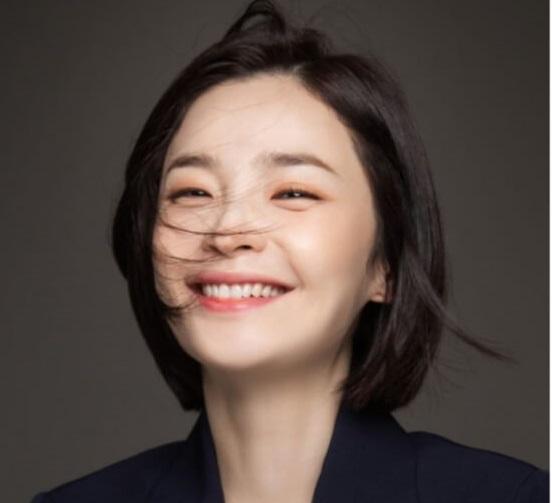 韓国女優チョンミド