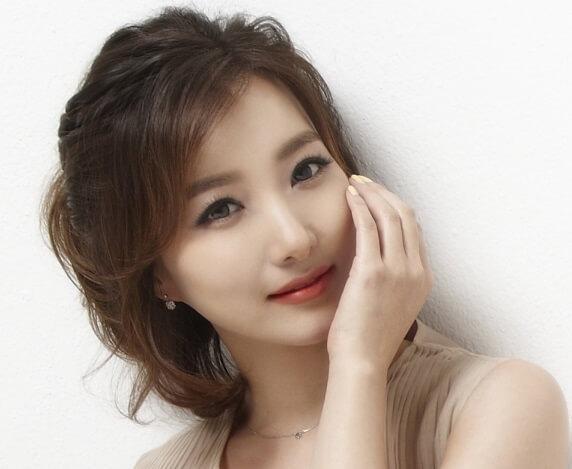 韓国女優イ・イネ