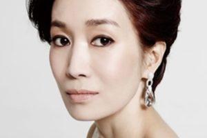 女優ナヨンヒ