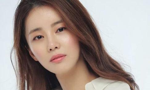 韓国女優イガリョン・イェリム