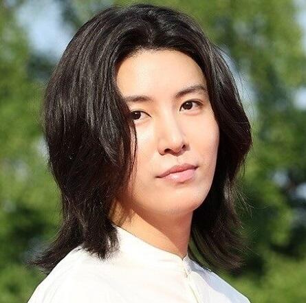 俳優・歌手ノミヌ
