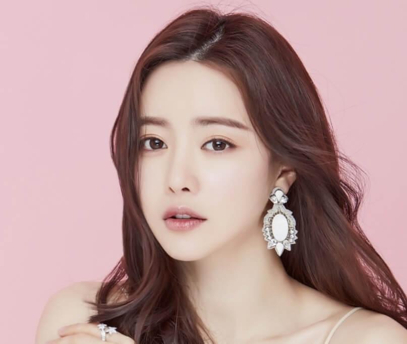 ホンスア韓国女優