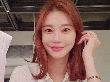 韓国女優チャイェリョン