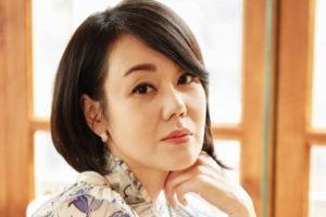 韓国女優キムユンジン