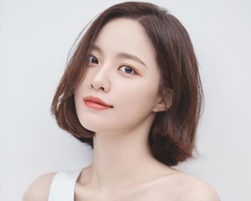 韓国女優ペユンギョン
