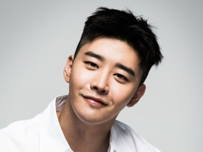 韓国俳優キムグォン