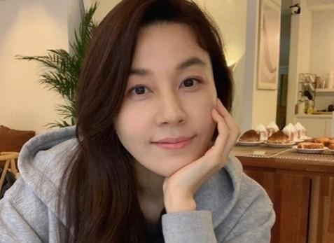 韓国女優キムハヌル