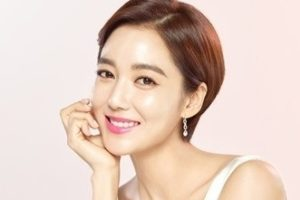 韓国女優イソヨン