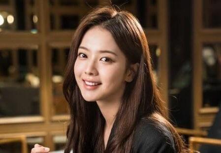 韓国女優ノジョンウィ