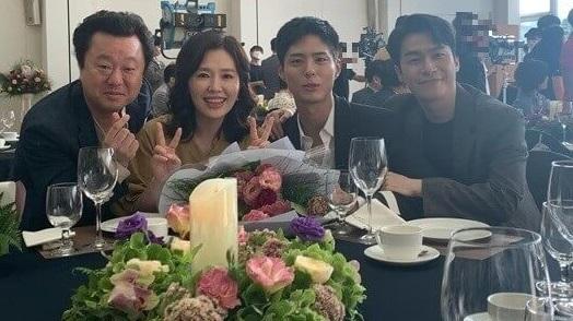 韓国女優ハヒラとパクボゴム青春の記録