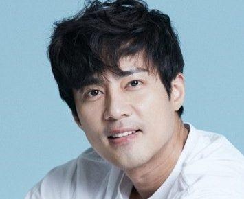 韓国俳優コジュウォン