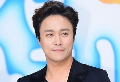 韓国俳優チェデチョル