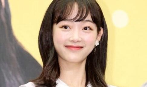 韓国女優イユミ