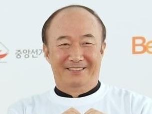 韓国俳優ユンジュサン